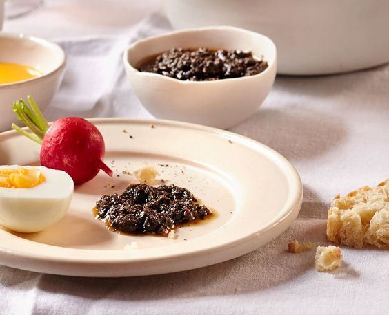 Tapenade (Olivenpaste) Rezept - ESSEN & TRINKEN