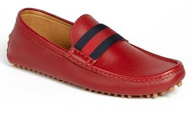 €410, Mocassins en cuir rouge Gucci. De Nordstrom. Cliquez ici pour plus d'informations: https://lookastic.com/men/shop_items/100051/redirect