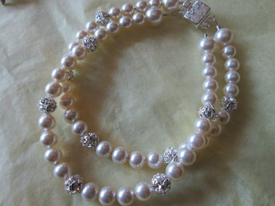 Genuine Swarovski Cream Pearls with Czech Crystal by BDFCreationz.etsy.com...see more of my creationz on my facebook page  http://www.facebook.com/BDFCreationzetsycom hugzzzzzz