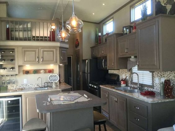 Check out this 2016 Kropf ISLAND SERIES listing in Yadkinville, NC 27055 on RVtrader.com. It is a Park Model and is for sale at $57950.