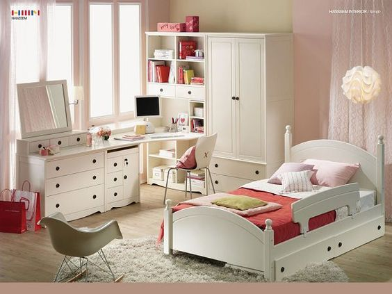 A Pure White Room For Children | Free Wallpaper World