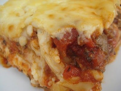 "Blue Ribbon Lasagna (orig from Heritage, aka ""Patchwork,"" The Junior League of Salt Lake City, 1975)"