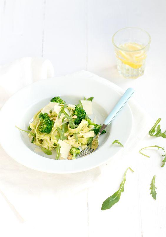 Mmm dit is een lekker Fresh & Easy maaltje, ik maakte pasta met broccolipesto. Superlekker.