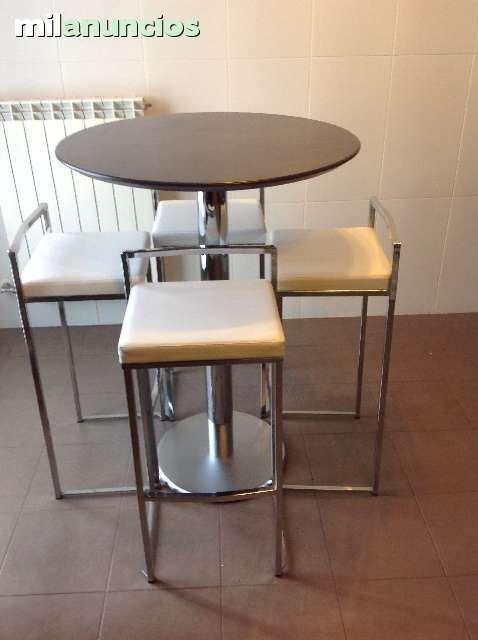 Vendo precioso y moderno conjunto de mesa redonda alta for Sillas altas de madera