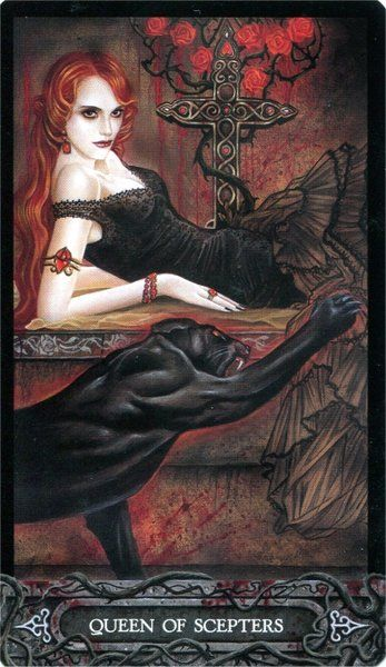 Tarot of Vampyres ► Queen of Scepters:
