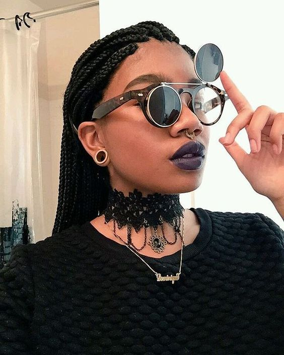 《Paint it black》 Examples of black smoke / afro-goth culture
