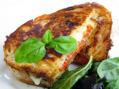 pepperoni & mozzarella 'grilled cheese' | Sounds yummy