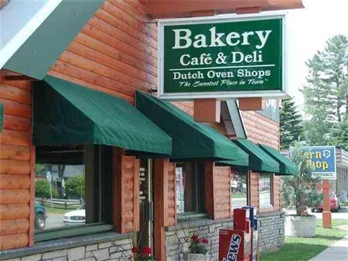 Dutch Oven, Alanson, Michigan, I love there cookies, cake and cinnamon bread
