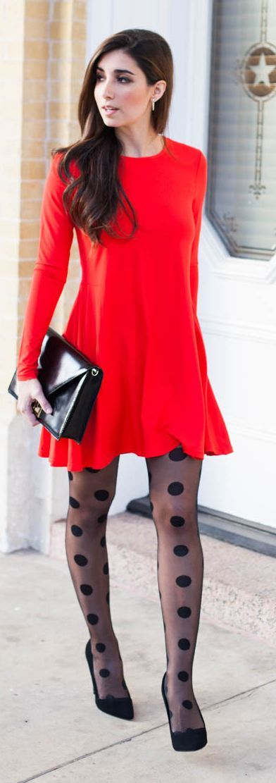 Polka Dot Tights in taupe with taupe shoes, this would be so cute and effortless for work: