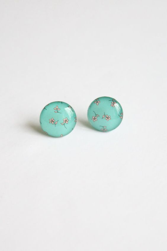 Romantic flower stud earrings, €12.55, #romantic #earrings #flower #floral #cute