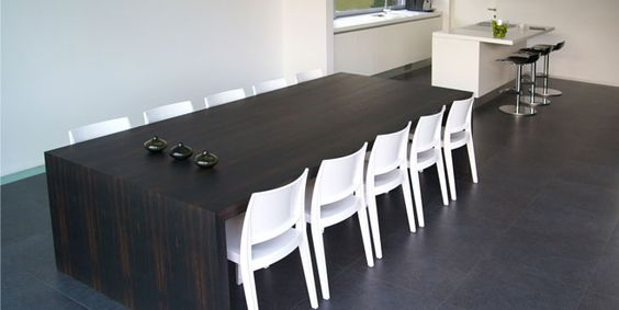 Galiane, meubles et mobilier design : chaises, fauteuils, tabourets de bar, tables  http://www.mobilier-hotel-bar-restaurant.com/chaise-bar-restaurant-gyza-solid-p240.html
