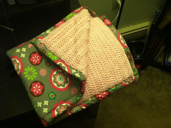 Double-sided crochet blanket! Cute crochet Pinterest ...