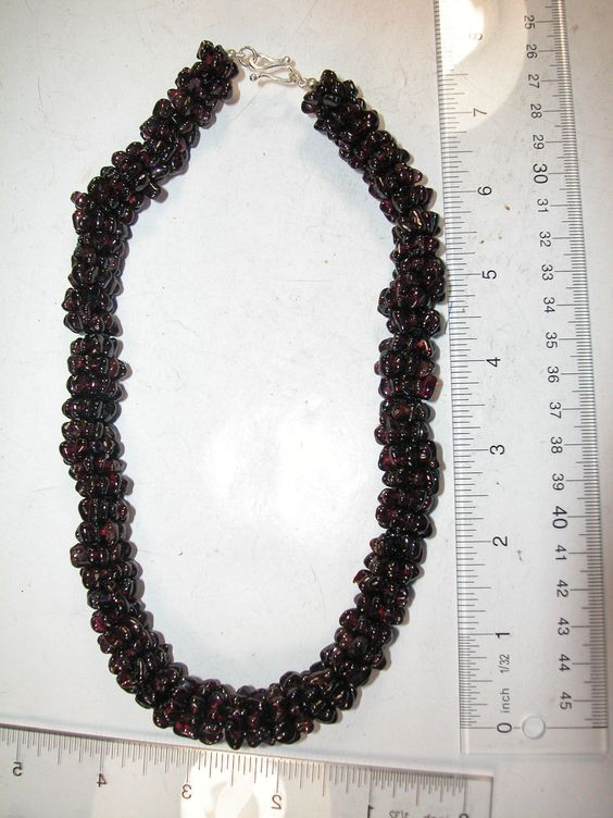 AMY KAHN RUSSELL Garnet Sterling Silver Clasp Necklace https://t.co/lhPJrshtrY https://t.co/hs0lYKFCq3
