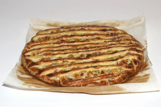 Flamiche. Publié par Lady Coquillette. Retrouvez toutes ses recettes sur youmiam.com.  #dailymiam du 12/01/15.