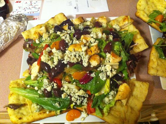 Orange Sicilian Salad, so yummy and easy...mixed greens, onions, red ...