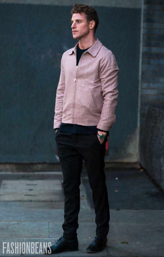30代メンズドリズラージャケット:黒スキニーパンツ
