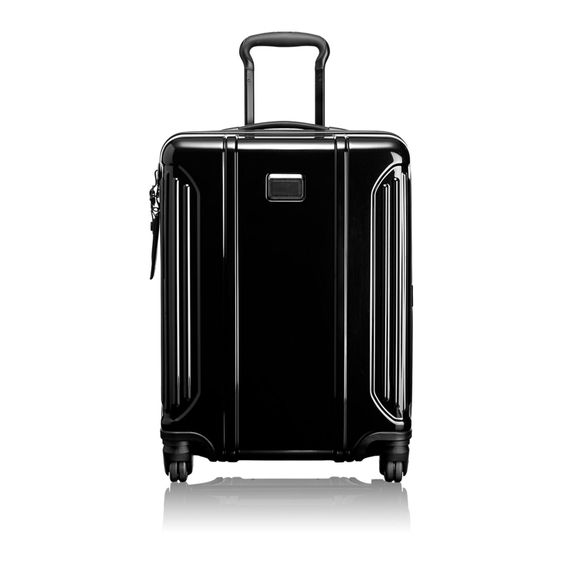 Tumi goes ultralight with their Vapor Lite Luggage.