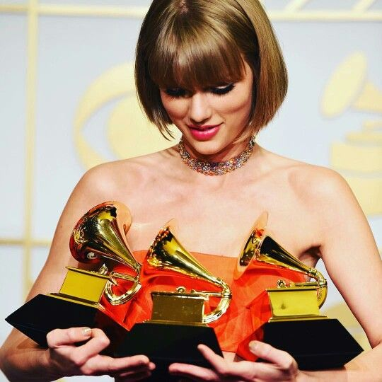 Taylor with her gramys