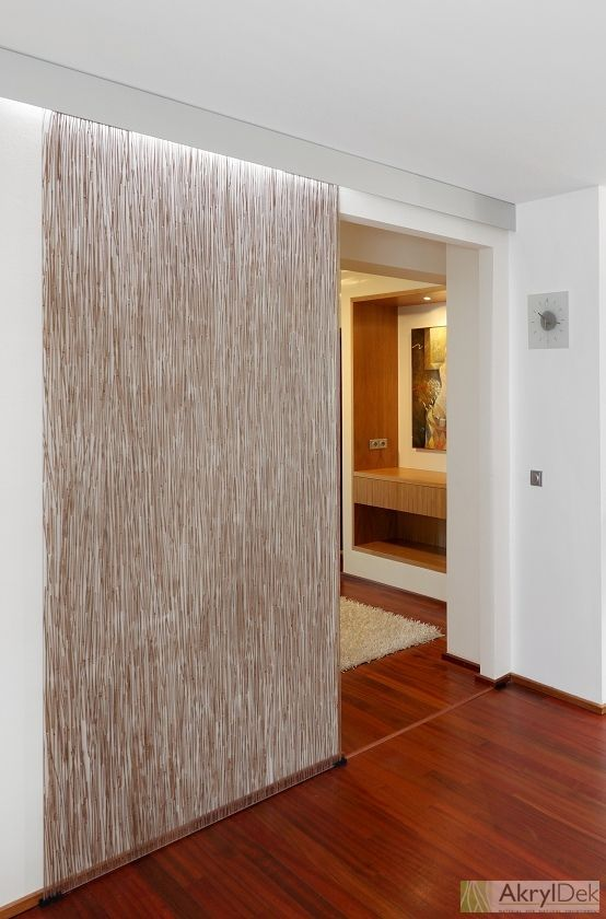 Sliding Door With Embedded Brown Bamboo In Resin Dekorkaryl Translucent Decorative Resin Wall Acrylic Wall Panels Translucent Wall Sliding Room Dividers