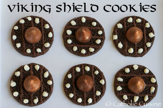 Catholic Cuisine: Viking Shield Cookies for the Feast of St. Magnus