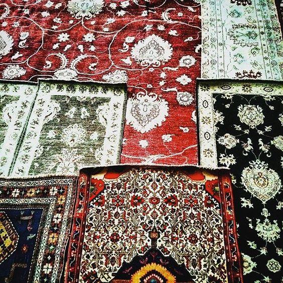 vini_nt | TAPETES @BYKAMY #Bykamy #rugs #rug #interiores #interiordesign #designdeinteriores #arquitetura #arquiteture #DESIGN #graphicdesign #india #nepal #iran #caucaso #Paquistão