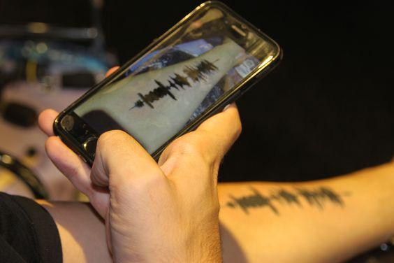 soundwaves tattoo, tatuaje audio, tattoo ideas, emotion