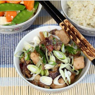 Caramelized Chicken Cooked in Lemongrass