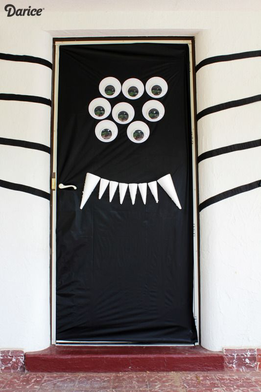 Halloween door Halloween Pinterest - pinterest halloween door decor