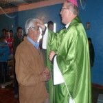 Pobladores de Minas Capillitas recibieron con entusiasmo la visita del Obispo
