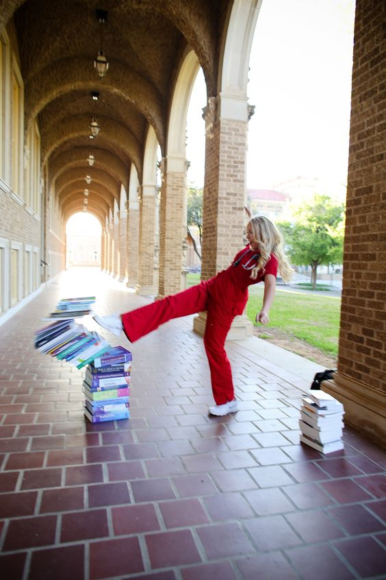 Texas Tech University Health Sciences Center School of Nursing Graduation Pictures: Lauren Heinrich Photography