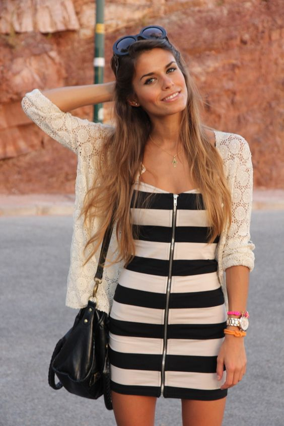 striped short dress with zipper, beige cardigan