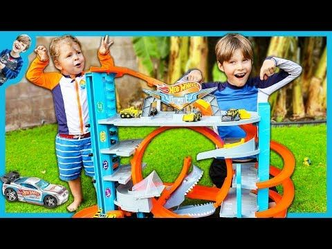 New Hot Wheels Ultimate Garage Playset With Shark Attack