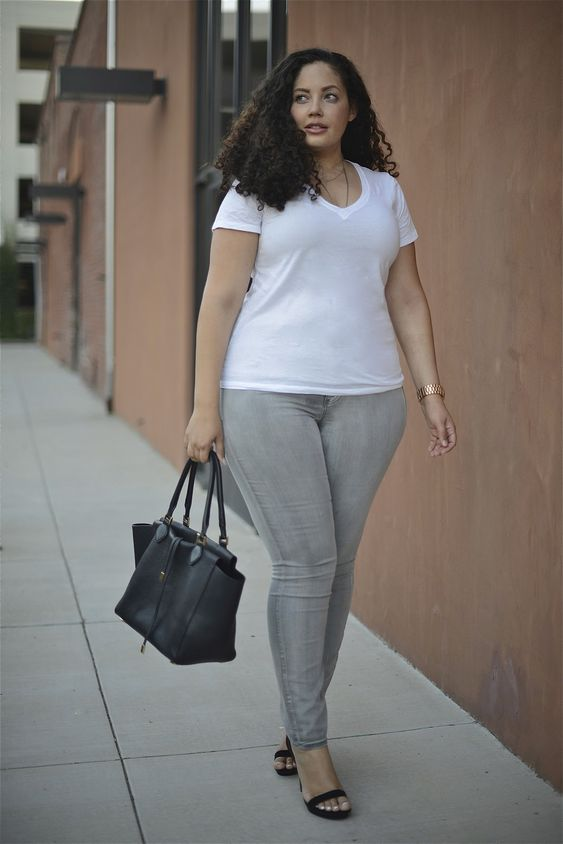 Plus size jeans Jeans and Girl with curves on Pinterest