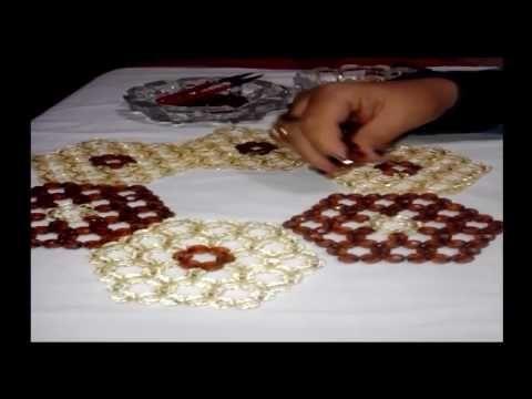 طريقة عمل مفرش كرستال خرز وردات نهي ابراهيم جزء1 Youtube Making Bracelets With Beads Beads And Wire Bracelet Crafts