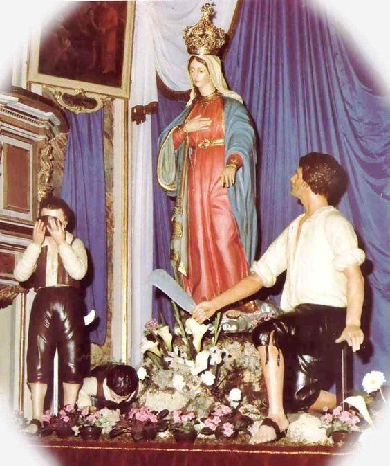 Aparición de la Virgen a una Familia: Nuestra Señora de Altino, Italia 23 de Julio http://forosdelavirgen.org/181/nuestra-senora-de-altino-italia-23-de-julio/