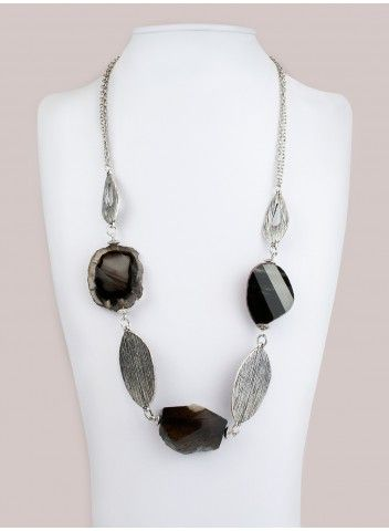 Isidora Necklace in Onyx