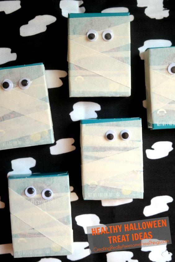 Mummify raisin boxes for a healthy Halloween treat! So easy!