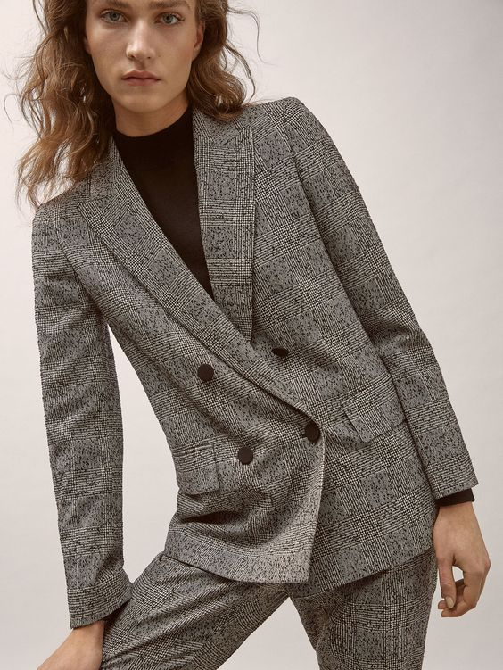 Fall Winter 2017 Women´s SLIM FIT CHECKED WOOL SUIT BLAZER at Massimo Dutti for 169. Effortless elegance!