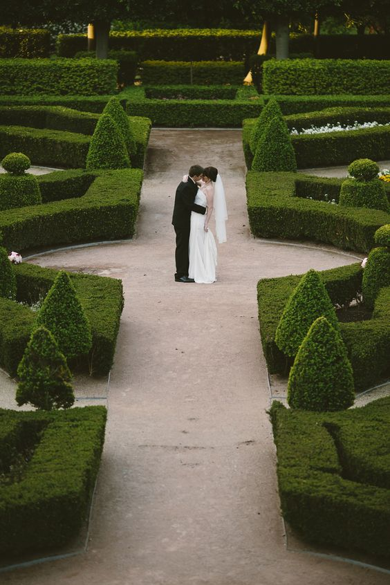 Hunter Valley Gardens wedding. Image: Cavanagh Photography http://cavanaghphotography.com.au: