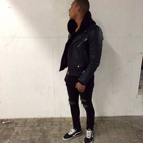 http://chicerman.com  streetbefashion:  Dress Well Or Die Trying:Followstreetbefashion  #streetstyleformen