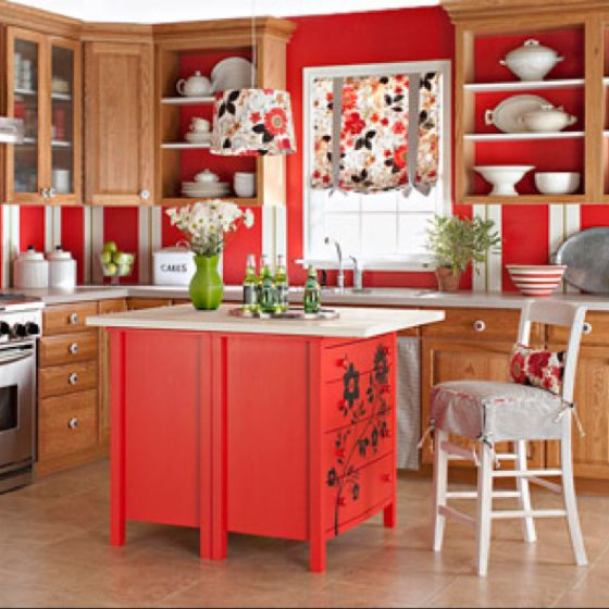Love red kitchens.