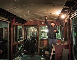 La historia vuelve a rodar: restauran los viejos vagones de la línea A de subtes - 27.10.2013 - lanacion.com