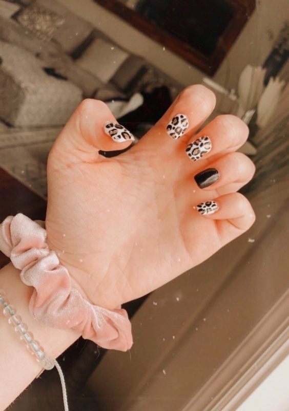 Vibeypics Fake Nails Best Acrylic Nails Unique Nails 49 trendy almond matte nail designs you'll love. pinterest