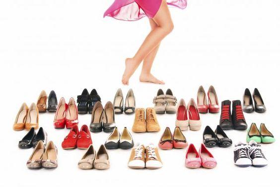 За ципеле од 4.000 РСД вештачење 40.000 - http://www.vaseljenska.com/wp-content/uploads/2016/04/326830890570ca0387806c181826019_w640.jpg  - http://www.vaseljenska.com/ekonomija/za-cipele-od-4-000-rsd-vestacenje-40-000/