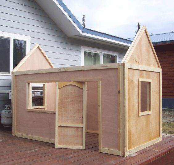 Ana white build a playhouse roof free and easy diy for Simple outdoor playhouse plans