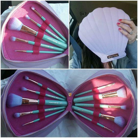 Mermaid love! Makeup storage brush holder:
