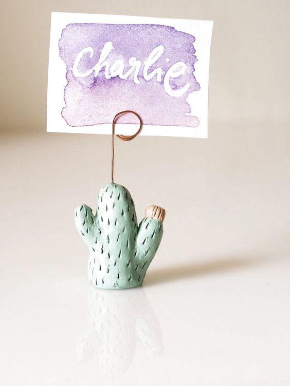 Kaktus Tischnummernhalter Tischkartenhalter Hochzeitskarte #Hochzeitsbevorzugungen #Hochzeitskartenhalter #Kakteen #Kaktus #Kaktuskunst #Tischkartenhalter #Tischnummernhalter #Visitenkartenhalter