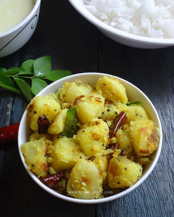 Potato Thoran recipe - a South Indian style potato coconut stir fry ...