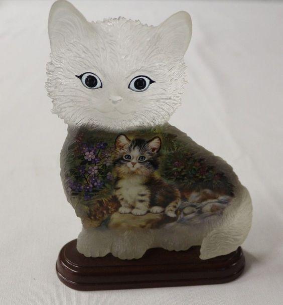 Bradford Exchange Sitting Pretty 1st Issue Purr fect Day Cat Figurine   eBay
