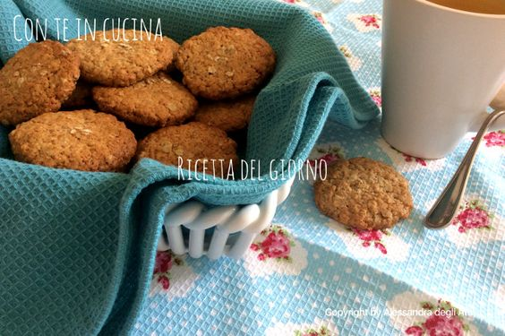 Con Te in Cucina: BISCOTTI VEGANI CON FARINA INTEGRALE E FIOCCHI D'AVENA - VEGAN COOKIES WITH WHOLEMEAL AND ROLLED OATS